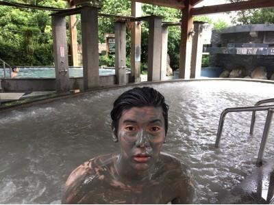 台湾台南 泥温泉で話題の関子嶺統茂温泉会館